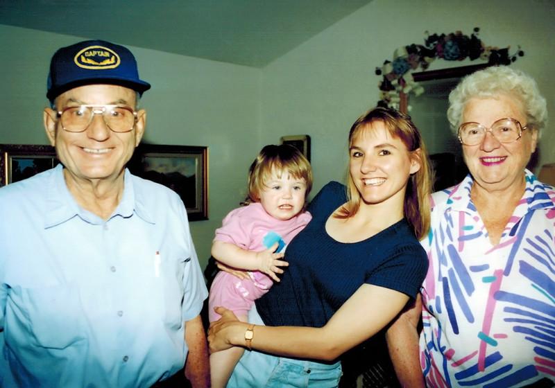 1994-06-17_Don_Natasha_Rose_Joan.JPG