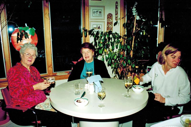 1999-11_Joan Wichner_Miriam_Kathleen Davidson.JPG