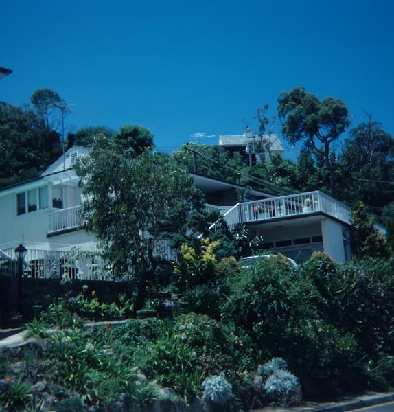 1976-12 Sydney Castlecrag 19 Cheyne Walk