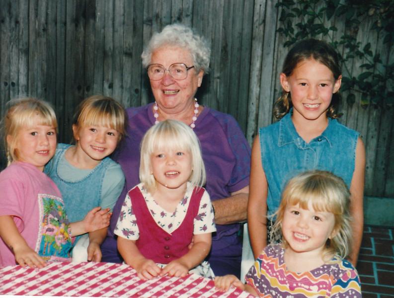 1996-05-12 Grandma_girls