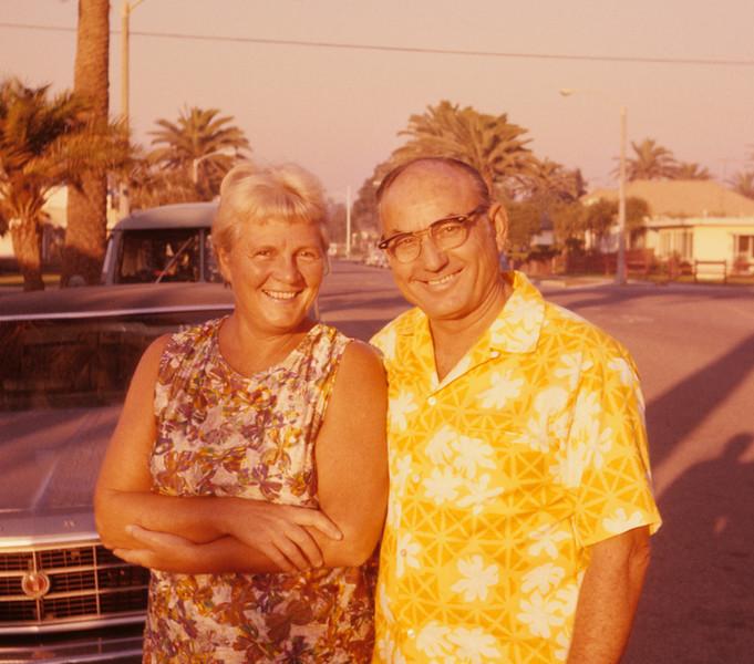 1977-02 Joan & Don