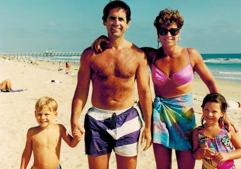 1993-07-04_Jeff_Steve_Donna_Lindsey Carlson.JPG
