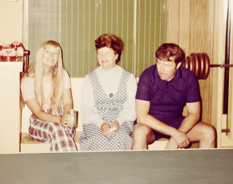 1973-08 Davidson Sandi, Kim, Miriam
