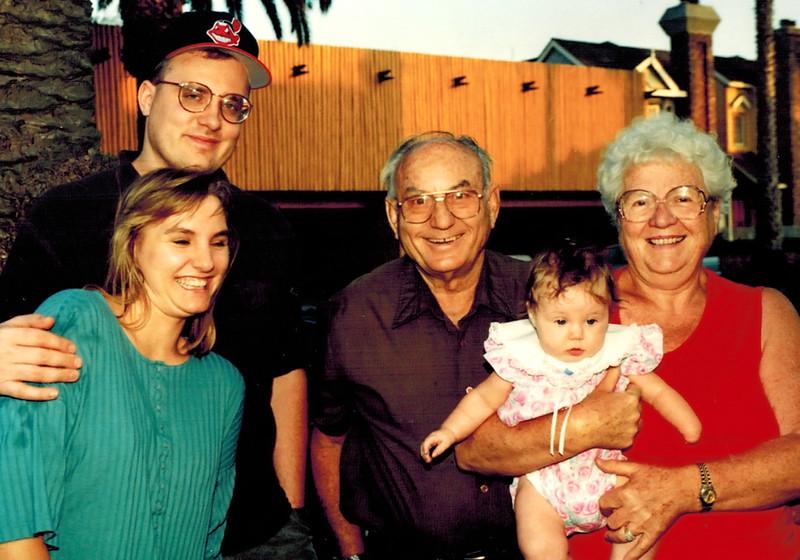 1993-07-08_Rose_Scott_Natasha Pigman_Don_Joan Wichner.JPG