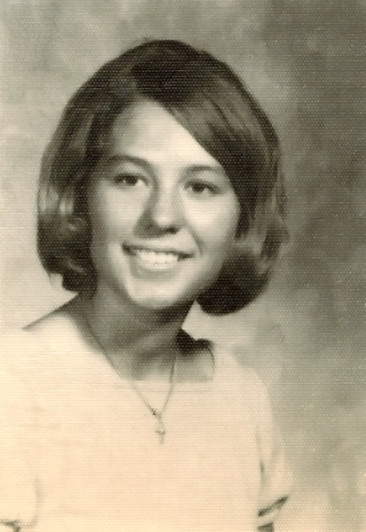 1969_Donna Wichner_10th gr_16yrs.JPG