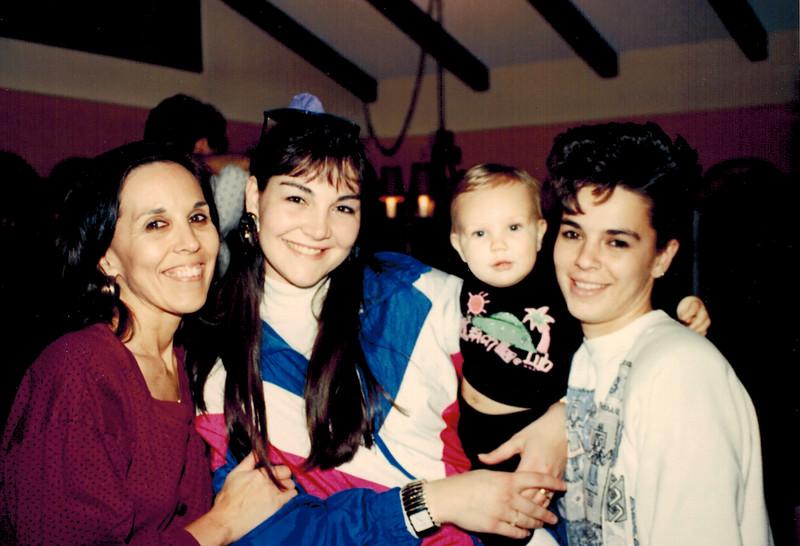 1989-12-25_Dolores Pitcher_Pam_Brandon Kurz_Debbie Pitcher.jpg