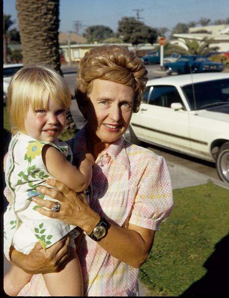1972-11 Davidson Amber  & Nancy