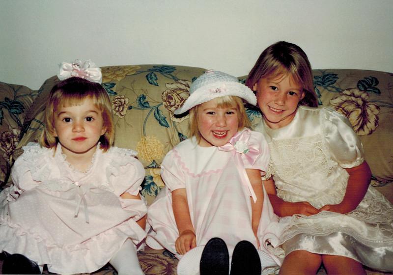 1994-04-24_Katherine_Kelsey_Lyndall.JPG