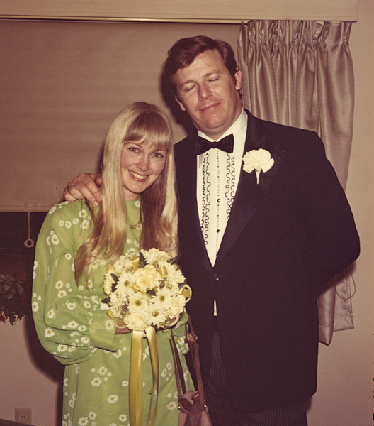 1972-05 Davidson Sandi & Kim