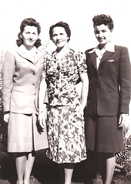 1943 Daisy_Rose_Dorothy Wichner.jpg