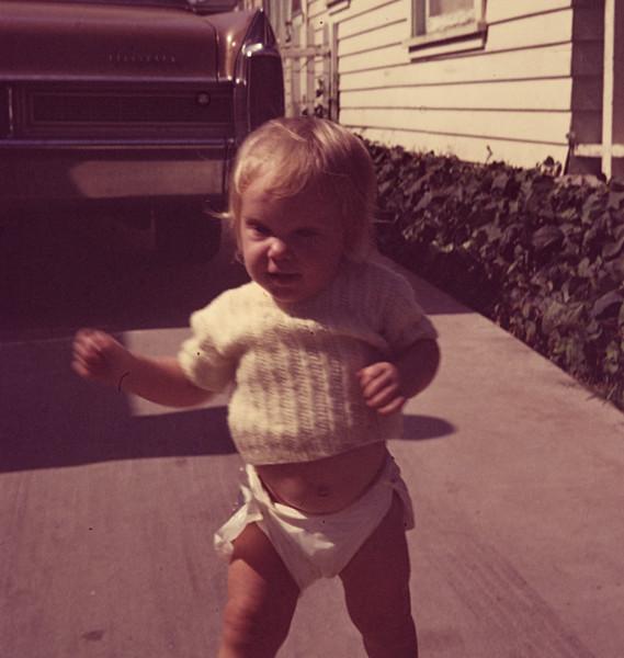 1971-11 Amber Davidson