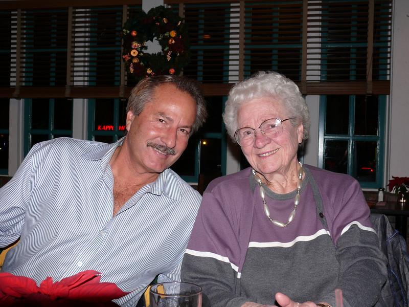 2006-12-17 Keith&Mom