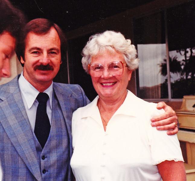 1982-05-08 John_Joan
