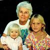 1994-07-19_Marian_NanNan_Lyndall.JPG