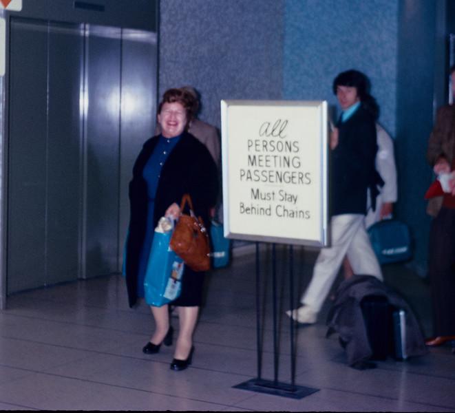 1973-06 Miriam airport