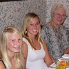 2005-11-24_Marian_Lyndall_Joan_Thanksgiving
