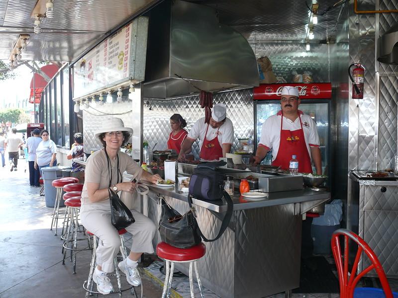 2007-07-06_Robyn Boyne_Tijuana tacos.JPG