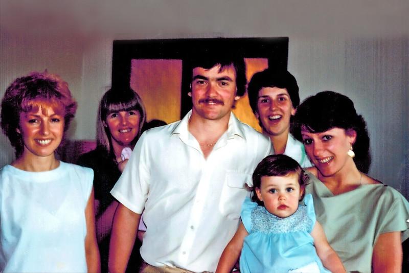 1981-11_Jacky_Lucille_Ken_Anne_Carly_Helen.JPG