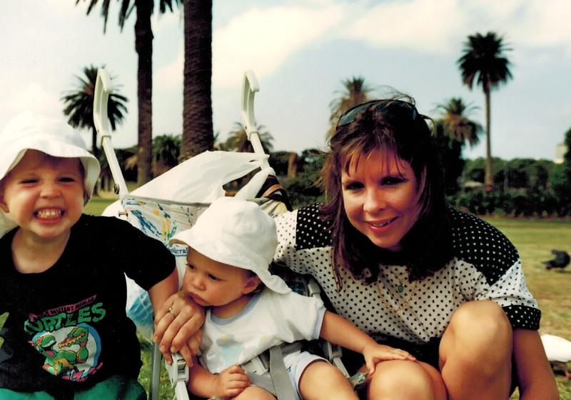 1991-03-20_Sydney_Robbie_Andrew_Sue Myers.JPG