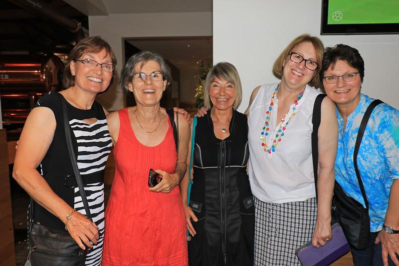 2019-03-01_373_Robyn S._Robyn B._Kathy_Brenda_Sue Lyons.JPG<br /> <br /> Contiki GE-26 40 year reunion in Melbourne - Night One