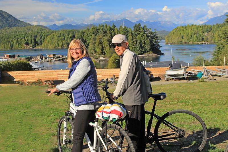 2017-09-20_1645_Elly_Tony Schachtel_Tofino_Vancouver Island 2.jpg