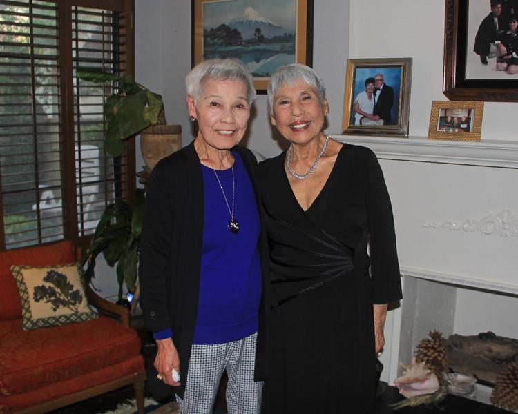 2017-11-17_Ray Wynne's Memorial_Kay_Judy Wynne_2.JPG