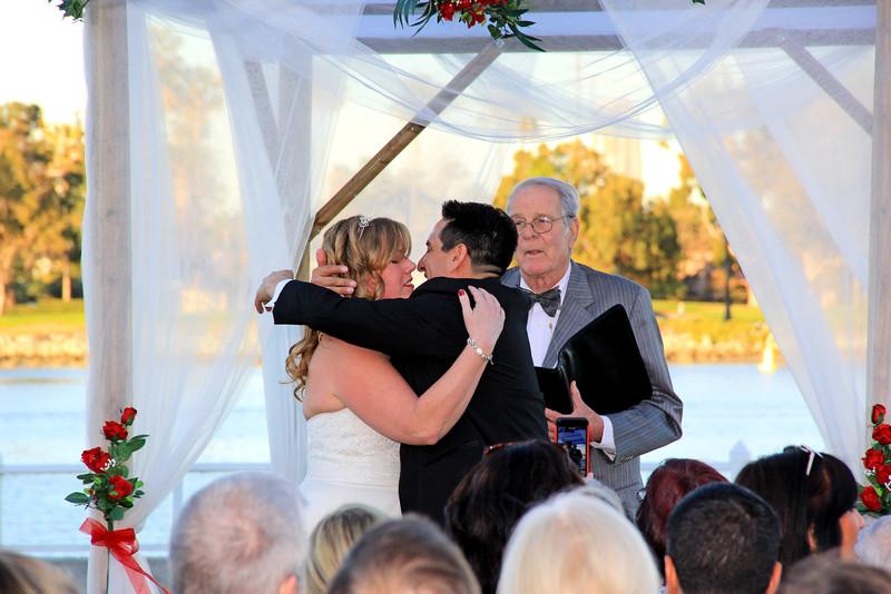 9116_Kiss the Bride.JPG