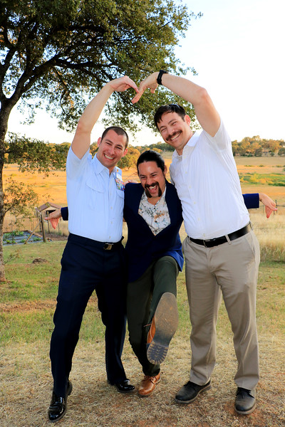 2019-06-15_73_Scott_Ron_Matt Pitcher.JPG<br /> Ahh, the brothers made a heart!!!