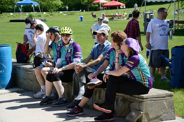 Some of the hundreds of riders waiting.