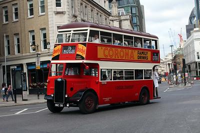 (Preserved) London Transport G351-HGC130 at Manson House