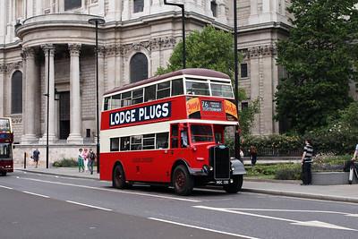 (Preserved) London Transport G351-HGC130 at St. Pauls