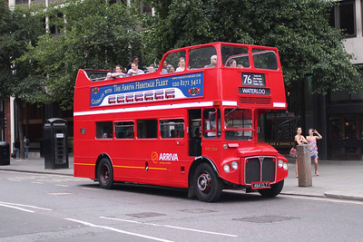 Arriva London RMC1464-464CLT at St. Pauls
