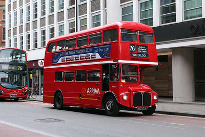 Arriva London RM2217-CUV217C at Old Street