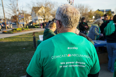042713_7529_Comcast Cares Highlands