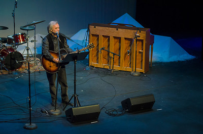 Ken Silvia performing at Yule for Fuel, Dec 1, 2012, Wellfleet Harbor Actors Theater, Wellfleet, MA [photo credit: Michael and Suz Karchmer]