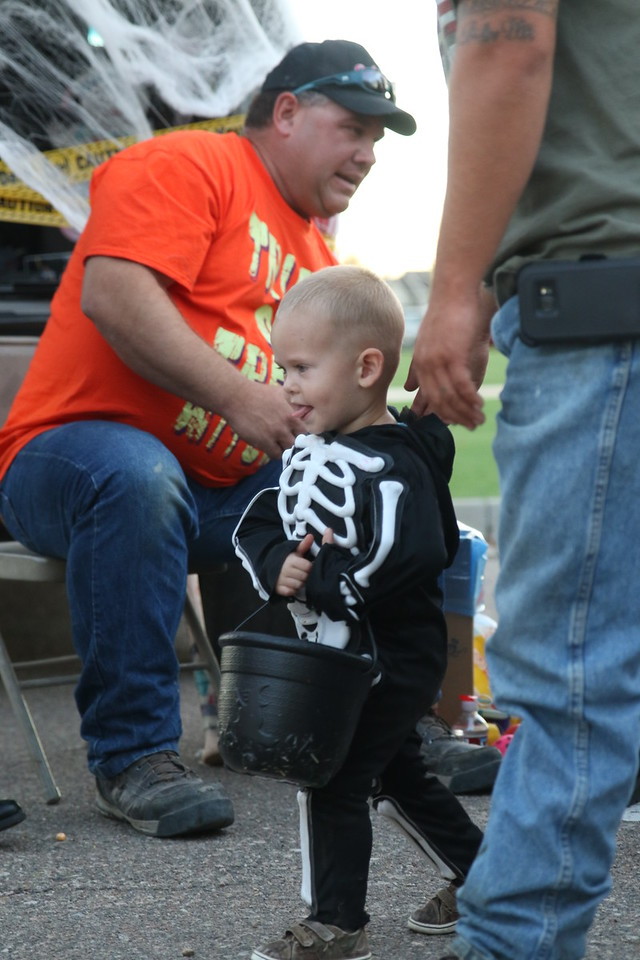 trunk or treat 2016  (90)