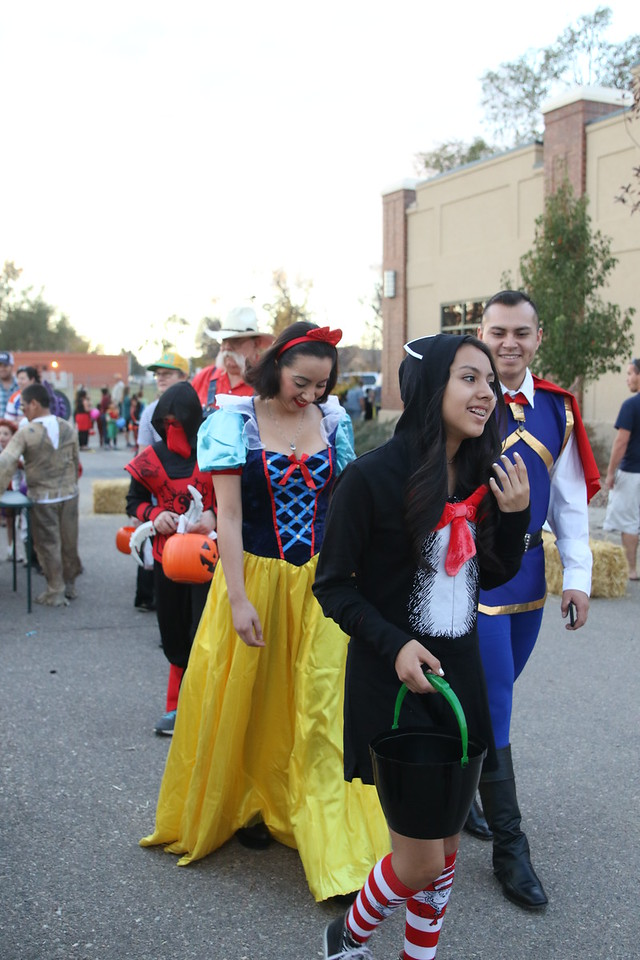 trunk or treat 2016  (106)