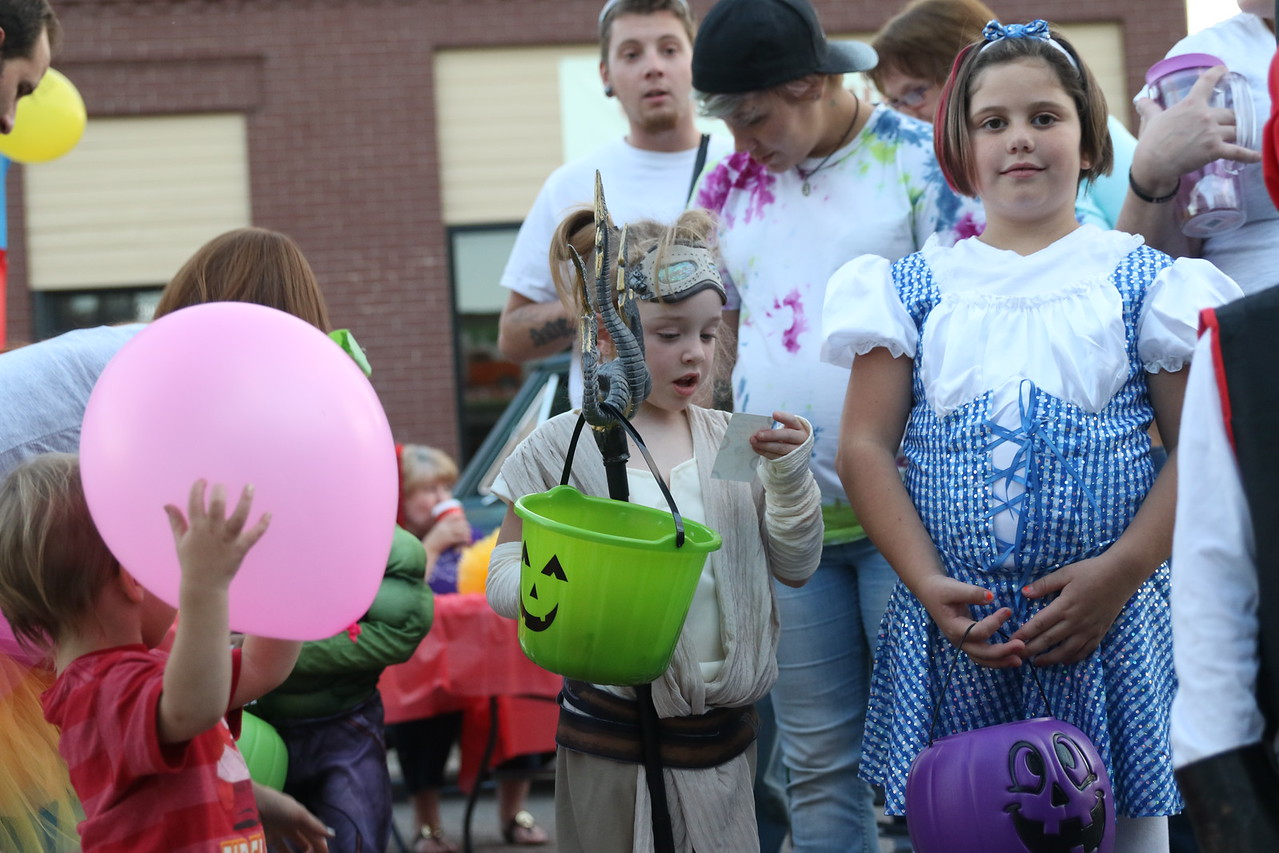 trunk or treat 2016  (81)