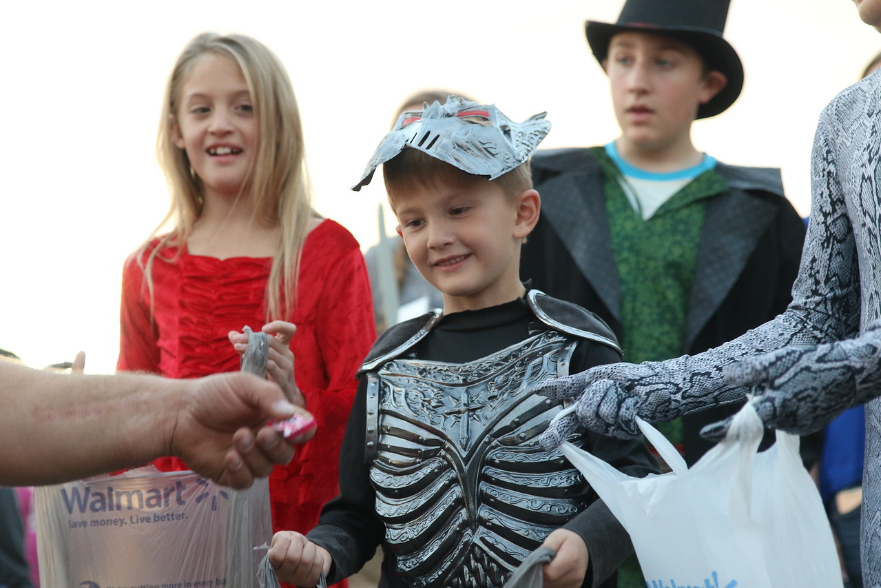 trunk or treat 2016  (102)