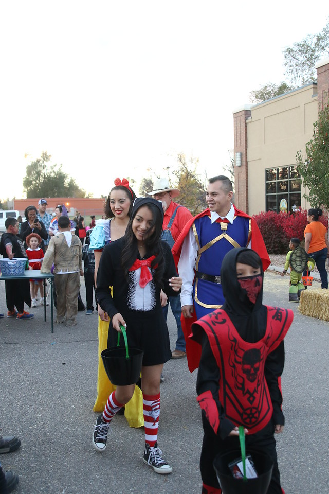 trunk or treat 2016  (104)