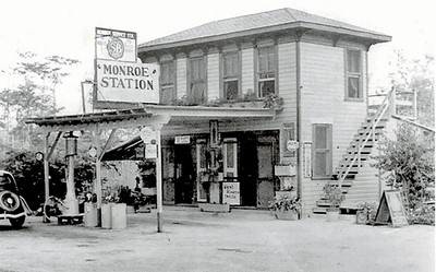 Mon Sta and Royal Palm Historic Photos.indd
