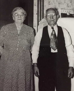 Frank and Wladaslava Schultz