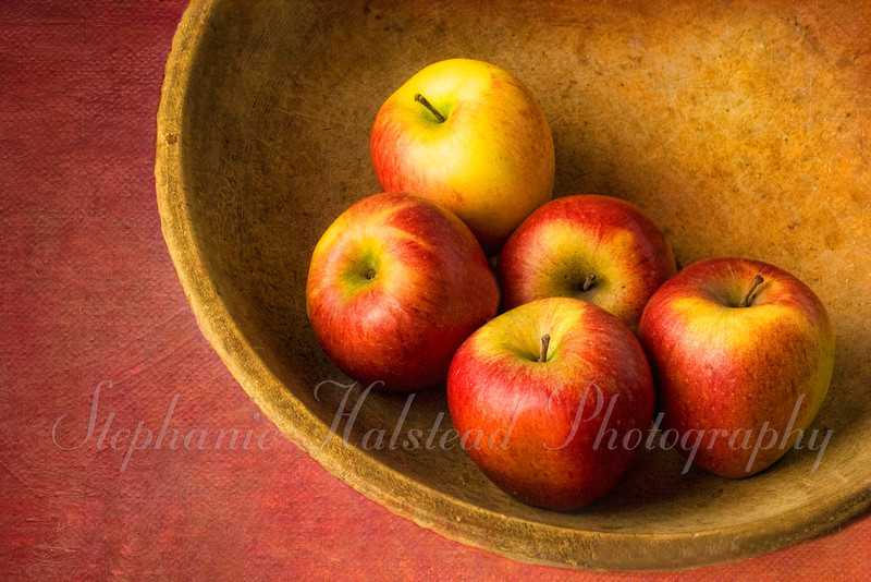 "Apples in a Bowl<br /> Finalist in the September 2012 Digital Darkroom Contest at  <a href=""http://www.BetterPhoto.com"">http://www.BetterPhoto.com</a>"