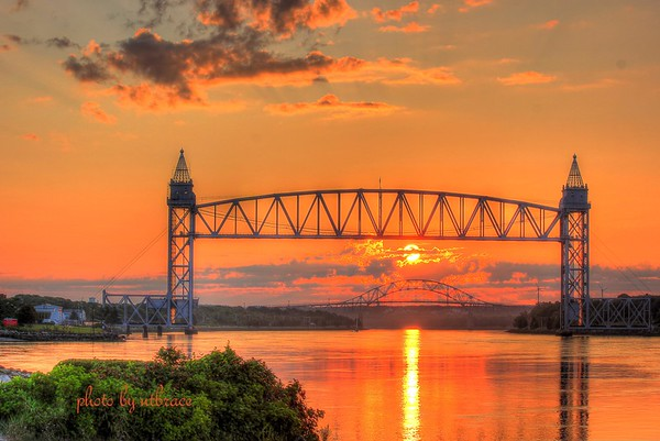 140811 Canal Sunrise Buzzards Bay, MA