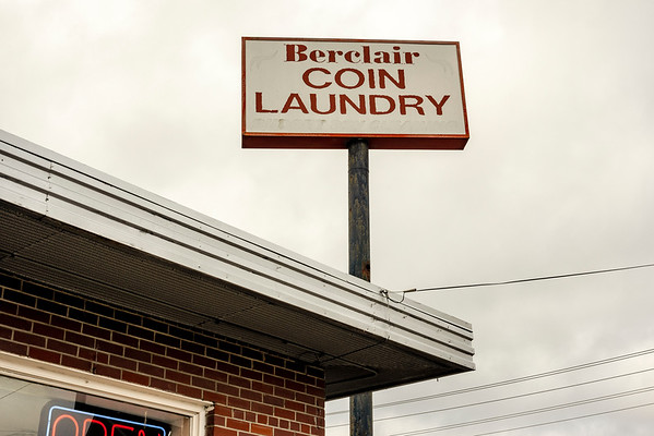 Berclair COIN LAUNDRY