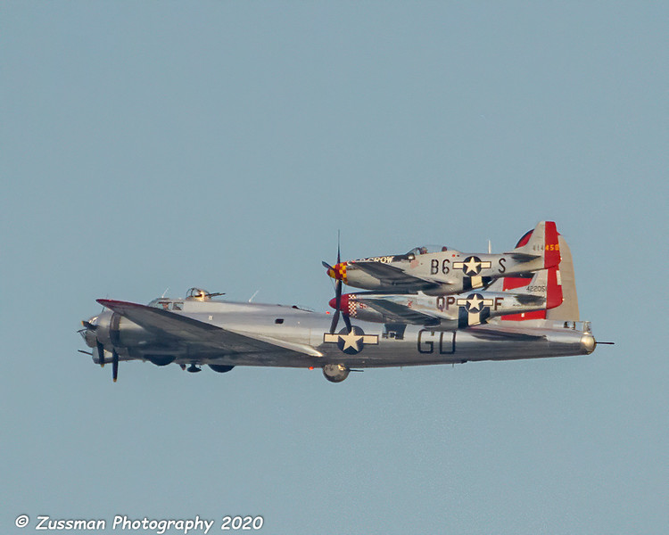 B-17G and two P-51D mustangs