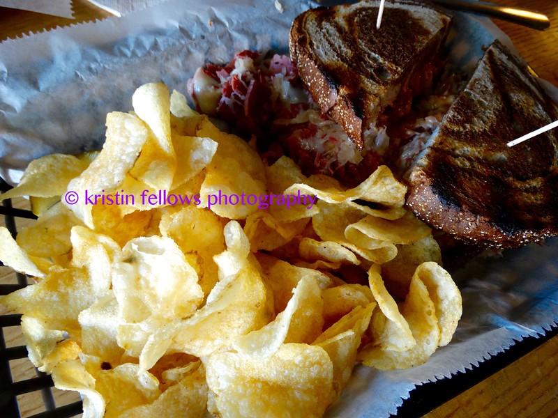 reuben & chips