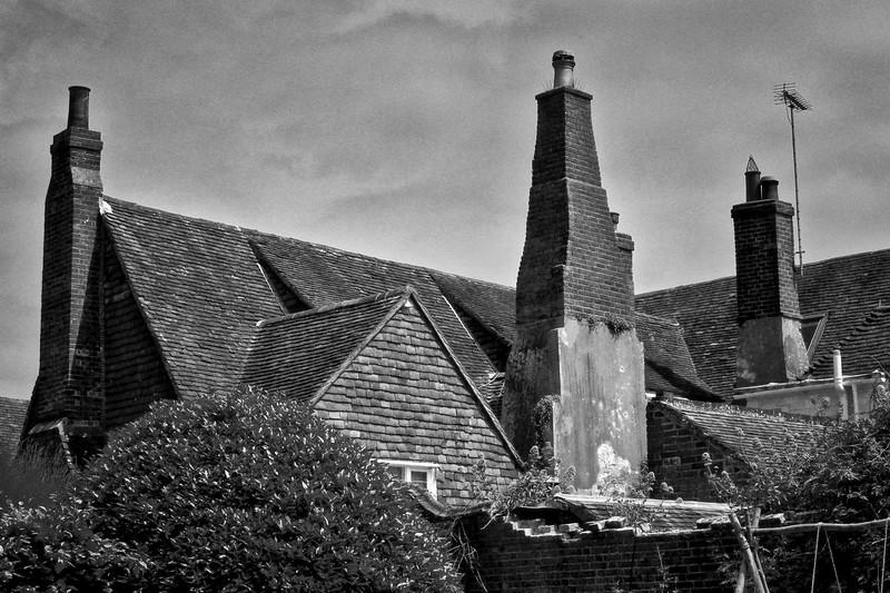 Chimneys, Rye