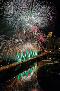 Minneapolis Aquatennial 2017 Fireworks - Green