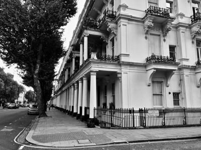 Streeet corner, South Kensington
